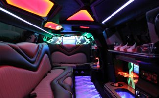 8 Person Chrysler 300 Limo Rental New Orleans