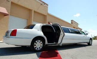 8 Person Lincoln Stretch Limo New Orleans